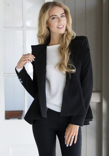 Double Lapel Fit-and-flare Blazer - Black from Lookbook Store